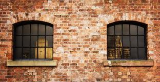 gammala fönster Royaltyfria Bilder