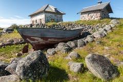 Gammala fartyg- och stenhus. Royaltyfria Foton