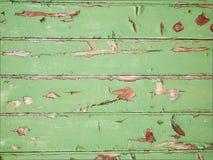 Gammala gröna wood paneler Royaltyfria Foton