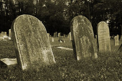 gammala gravestones arkivbild