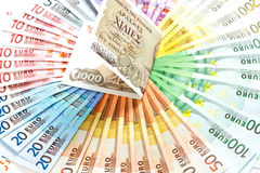 gammala grekiska anmärkningar för kontant euro för begreppskrisdrachma eurofinanskris Royaltyfri Bild
