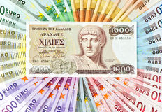 gammala grekiska anmärkningar för kontant euro för begreppskrisdrachma europengarkris Fotografering för Bildbyråer