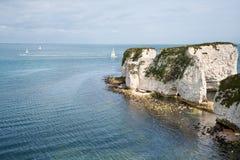 Gammala Harry vaggar Jurassic seglar utmed kusten UNESCO fotografering för bildbyråer