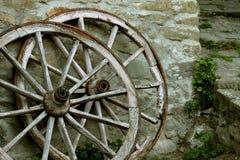 gammala hjul för vagn Royaltyfri Foto