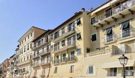 Gammala hus på Portoferraio, Elba Royaltyfri Bild