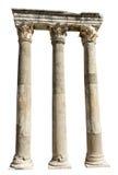 Gammala isolerade Anceint romerska stenkolonner Arkivbild