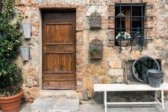 Gammala italienska gator Royaltyfria Bilder