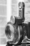 Gammala kamera och negationar Arkivfoto