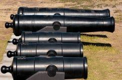 gammala kanoner Arkivfoto