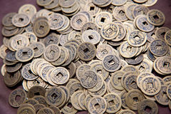 gammala kinesiska mynt Fotografering för Bildbyråer