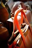 Gammala läderhandväskakvinnor Royaltyfria Foton