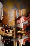 gammala objekt annan retro fiol Royaltyfri Bild