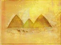 gammala paper pyramider Arkivbild