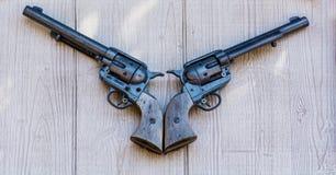 gammala pistoler för flintlock Royaltyfri Fotografi