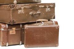 gammala resväskor för hög Arkivfoton