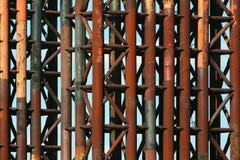 Gammala rostiga metallrør Fotografering för Bildbyråer