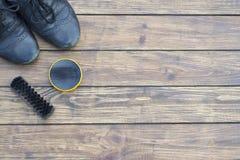 gammala skor Arkivfoton