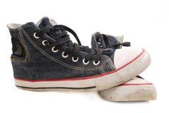 gammala skor för idrottshall Royaltyfri Bild