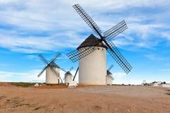 gammala spanska windmills Royaltyfri Fotografi