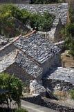Grå färg stenar taklägger Fotografering för Bildbyråer