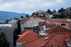 gammala tak för stad Arkivfoto