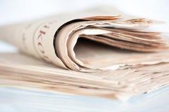 gammala tidningar Fotografering för Bildbyråer
