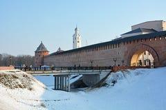 gammala torn för kremlin novgorod Fotografering för Bildbyråer