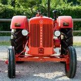 Gammala traktorer Royaltyfri Fotografi