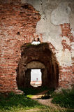 gammala väggar för slottdörrar Arkivbilder