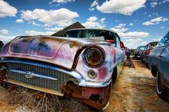 gammala övergivna bilar Royaltyfria Foton