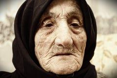 gammalare framsidakvinna royaltyfri bild