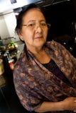 gammalare kökkvinna Royaltyfri Fotografi
