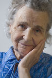 gammalare kvinna arkivbild