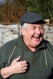 gammalare lycklig skratta man för begrepp Royaltyfria Bilder