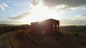 Gammalgrekiskatempel av det Concordia V-VI århundradet F. KR., dal av templen, Agrigento, Sicilien lager videofilmer