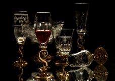 Gammalmodig glasföremål arkivbild