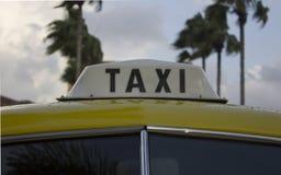 Gammalmodig taxi Fotografering för Bildbyråer