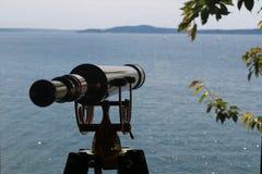 Gammalmodigt mässingsteleskop Royaltyfri Bild
