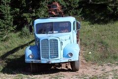 Gammalt åka lastbil Royaltyfri Bild