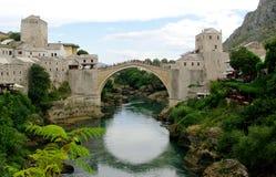 Gammalt överbrygga i Mostar Royaltyfri Bild