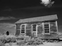 Gammalt övergett hus i Bodie State Park Arkivbild