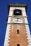 Gammalt abstrakt begrepp för Somma lombardo in och klocka solig da för kyrkligt torn Royaltyfri Fotografi