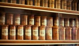 Gammalt apotek Arkivbilder