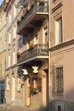 gammalt balkonghus Arkivfoto