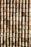 gammalt belägga med tegel för tak Arkivbild