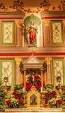 Gammalt beskickningSanta Ines Solvang California Basilica Altar kors A Royaltyfri Foto