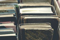 Gammalt boka tätt upp Fotografering för Bildbyråer