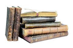 Gammalt bokar isolerat på en vit arkivbilder