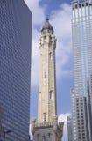 Gammalt Chicago vattentorn 1869 på den Michigan avenyn, Chicago, IL Royaltyfria Bilder