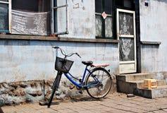gammalt cykelhus Fotografering för Bildbyråer